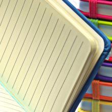 Cuadernos de tacto suave (A6)   100 páginas alineadas   8032889