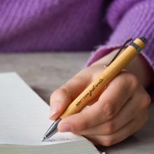 Bolígrafos de bambú l Tinta azul   Automáticos   max047